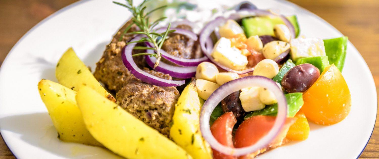 bifteki-griechisch